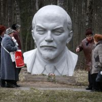 Why Putin is not planning to restore the Soviet Union
