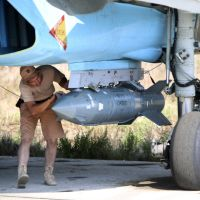 Is Moscow planning ground operations in Syria?