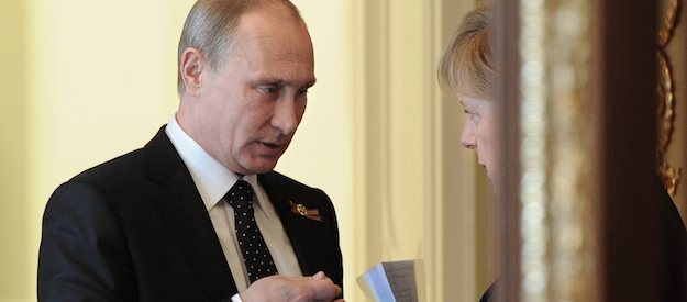 25 years after reunification, Germany must make tough choice about Russia