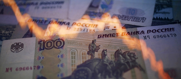 The ruble's headlong drop: No conspiracy, just economics
