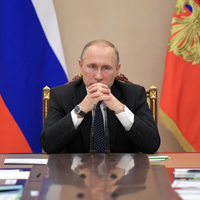 Does Putin really intend to restore the Soviet Union?